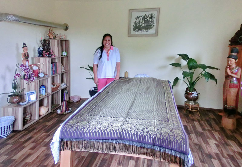 Massageraum farbe  Massageraum | Thai Massage Malee